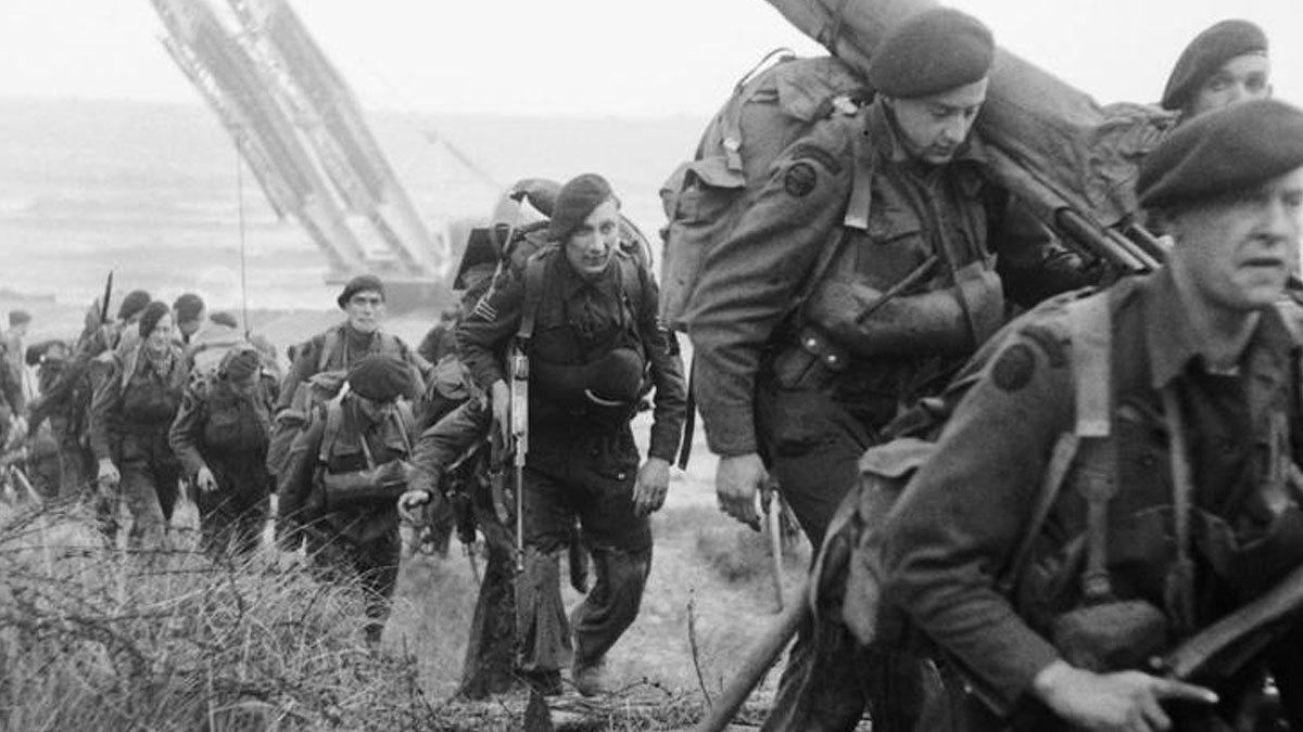 British troops land on Sword Beach