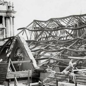 Blitz damage to Belfast City Hall