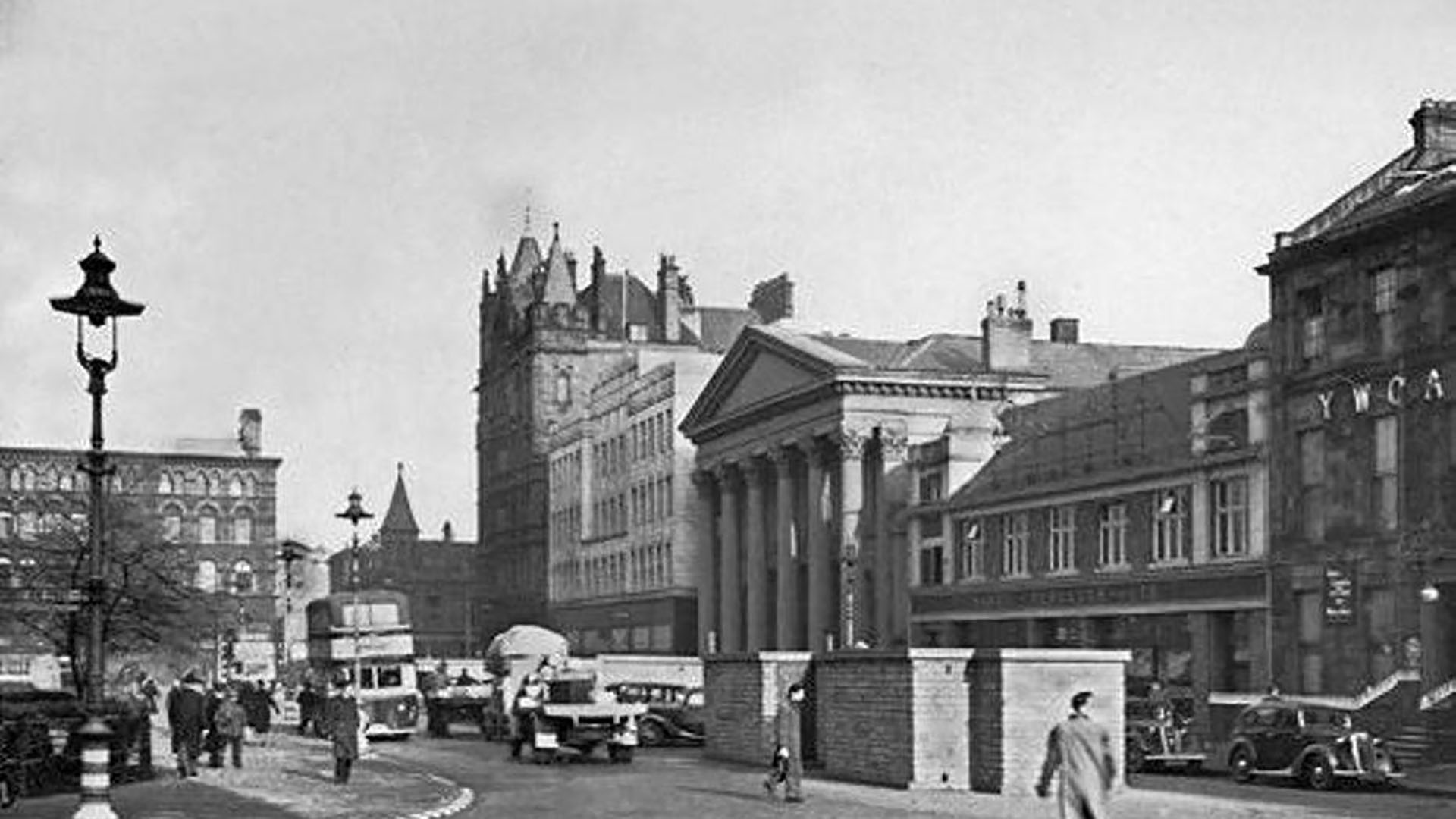 Donegall Square East, Belfast
