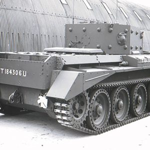 wartime-ni-harland-wolff-tanks-03