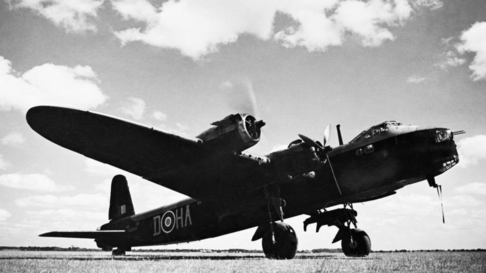 Ernest Watson died on Short Stirling N3725 HA-D