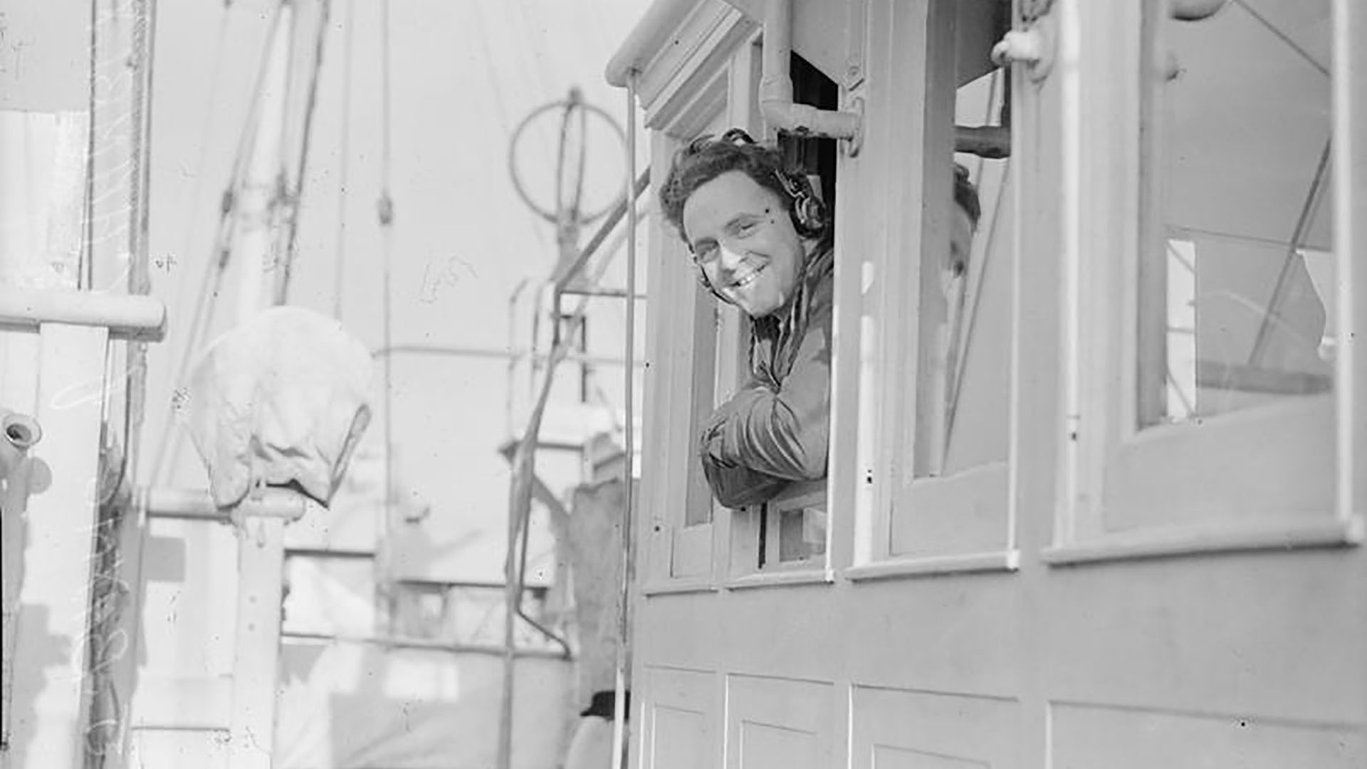 Leading Seaman J Bayne on the HMCS Chambly in Londonderry Port