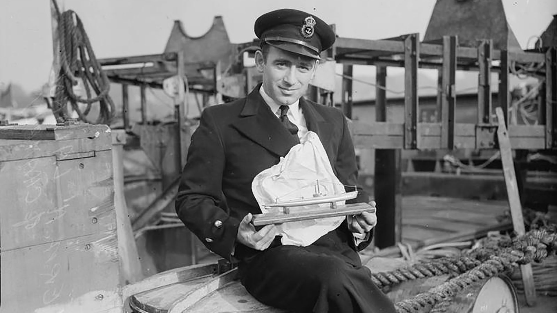 Chief Engine Room Artificer A Lalonde on HMCS Chambly in Londonderry Port